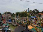 Sejumlah perahu yang sandar karena cuaca ekstrim