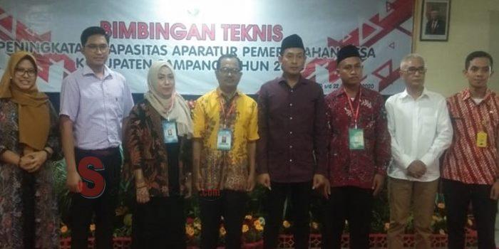 Wakil Bupati Sampang H Abdullah Hidayat disaat membuka acara bimbingan teknis aparatur pemerintah