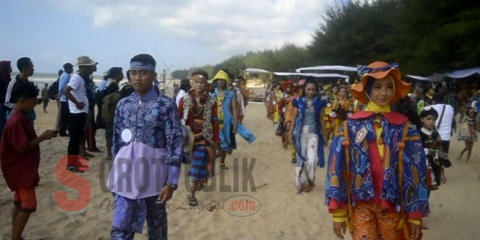 Fashion Show Sumenep Batik On The Sea 2019 Pukau Para Pengunjung