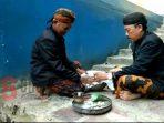 Ritual Pengambilan Air dari Taman Sare Keraton Sumenep