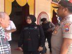 Kapolres Sumenep saat meminta izin melakukan seterilisasi Klenteng